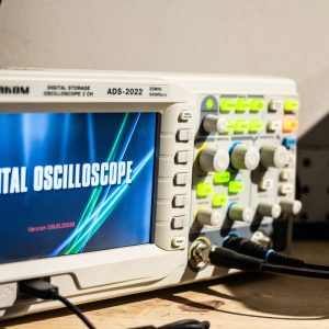 Aktakom Digital Oscilloscope